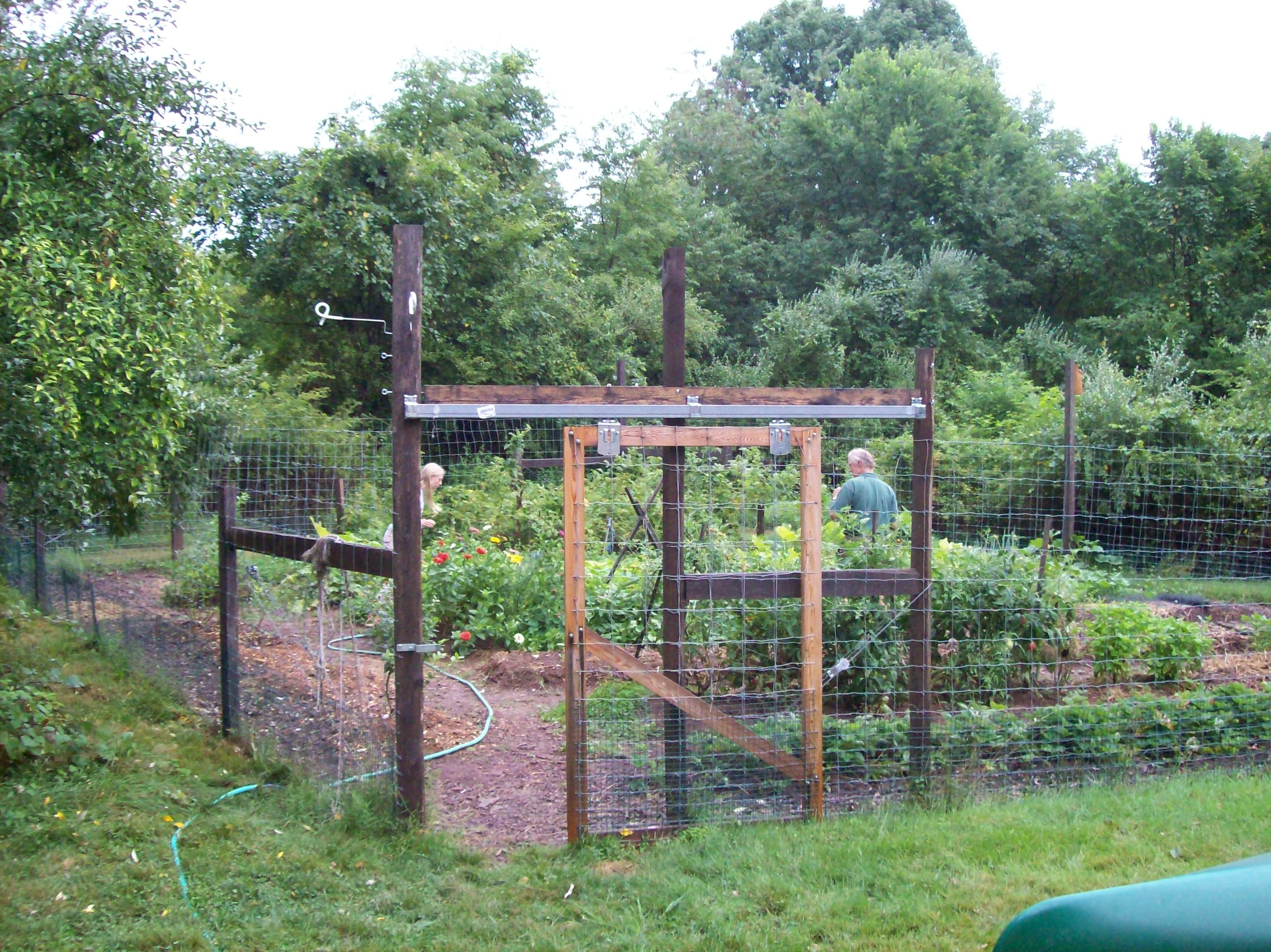 Fencing for Gardeners